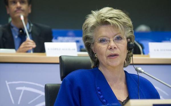 Le Parlement européen appelle l'UE à agir en faveur des Roms