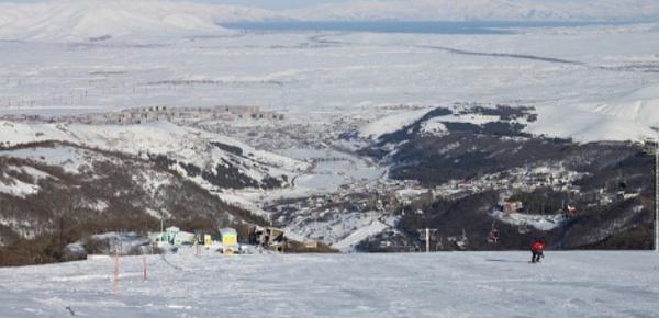 Skier à Tsakhkadzor