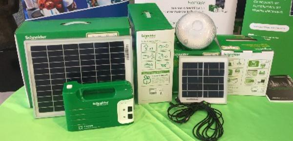 """Côte d'Ivoire: la transition énergétique par les """"solar mamas"""""""