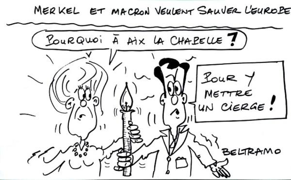 La France et l'Allemagne main dans la main à Aix La Chapelle