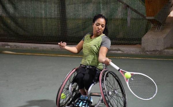 Hauts-de-France : une championne de France de para-tennis brigue le métier de journaliste