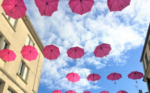 Cancer du sein : la France se revêt de rose