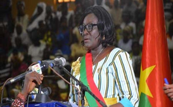 Burkina: une loi pour plus de femmes sur les listes électorales