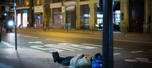 Une nuit de solidarité pour les SDF de Paris