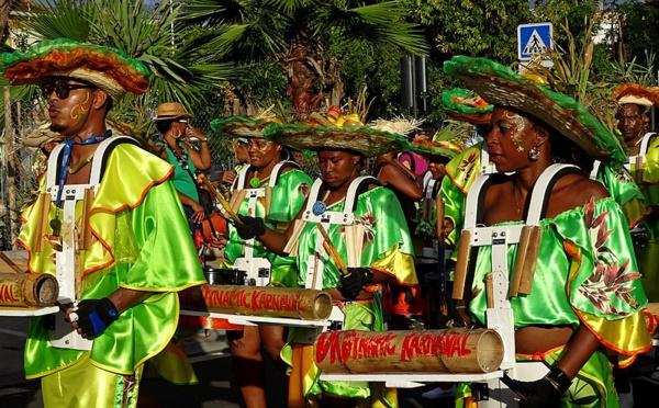 Le Carnaval martiniquais : Vaval, touloulou et mariage burlesque