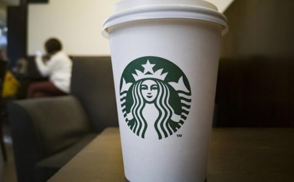 Starbucks offre une application de méditation à ses employés au bord du burn out