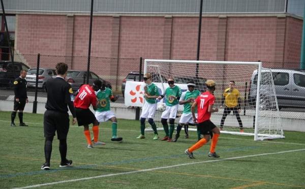 Le cecifoot, le football pour les déficients visuels