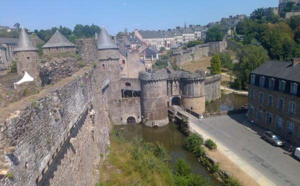 Depuis le XIIe siècle, le château de Fougères veille sur les Marches de Bretagne