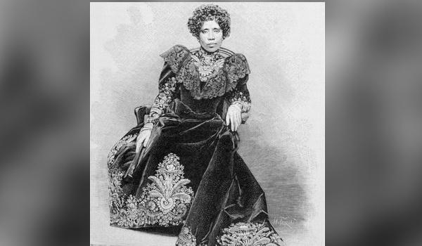 La couronne de Ranavalona III revient à Madagascar