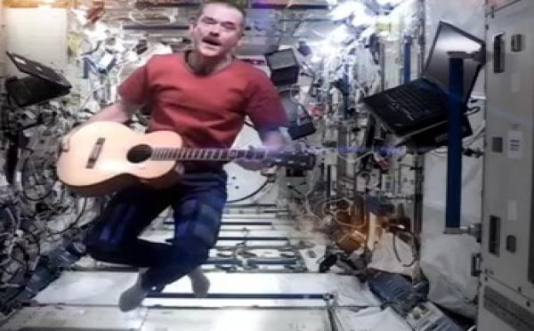 Actu à la une - Trois voyageurs de l'espace retrouvent la Terre