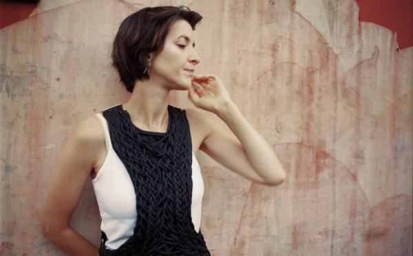 Pauline Croze sort Je suis un Renard et l'album Après les heures grises
