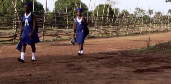 Sierra Leone: Des jeunes filles enceintes exclues du système éducatif