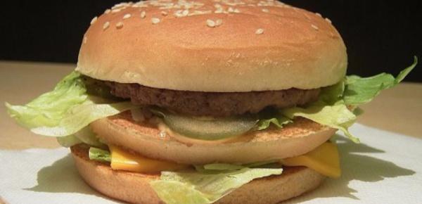 Le hamburger vedette s'invite dans nos cuisines