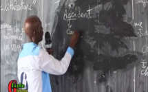 La philo-littérature ou la grammaire automatique du professeur Aguibou Diallo. Capture d'écran Youtube